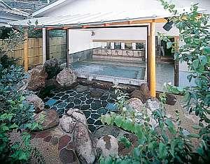山岸園の施設