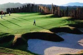 周辺に数多いゴルフ場