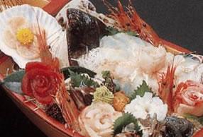 新鮮な食材を使用した舟盛り