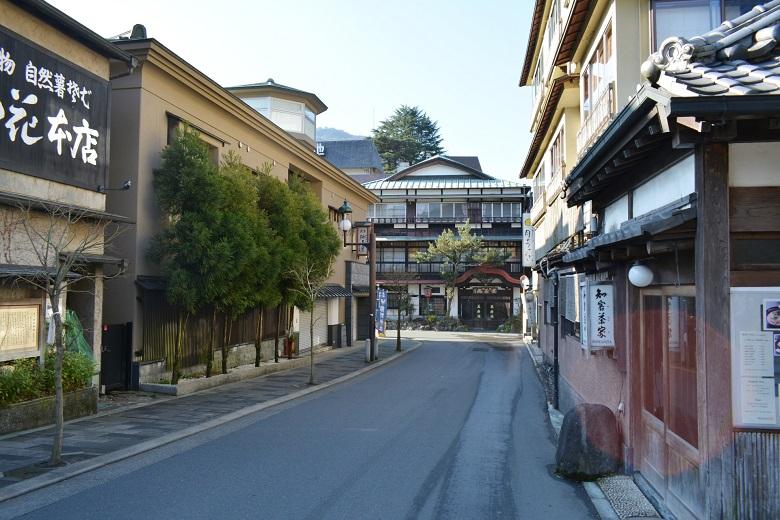 箱根湯本温泉街