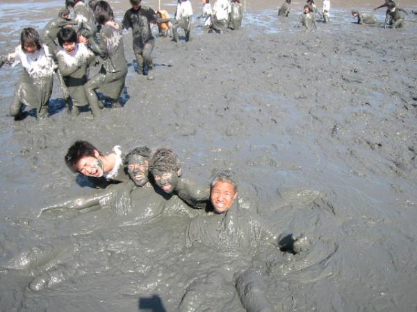 童心に帰って泥まみれになってみよう