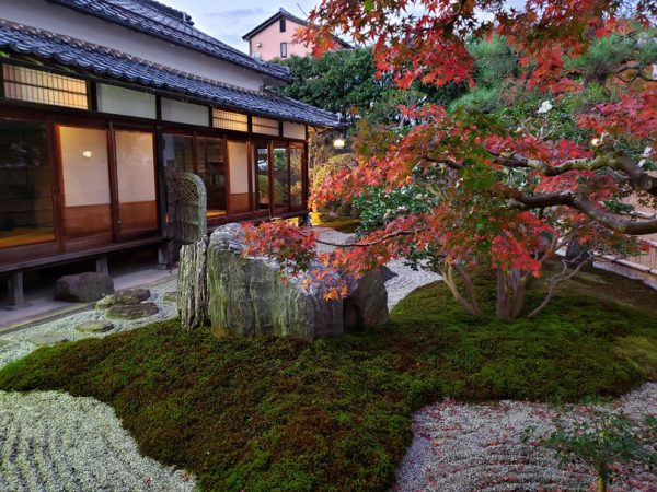 如月庵の重森三玲設計指導による庭園