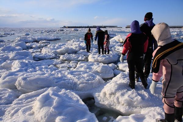 冬の北海道・流氷ウォーク