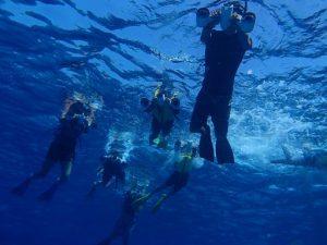 スノーケルを水中スクーターでラクラク体験