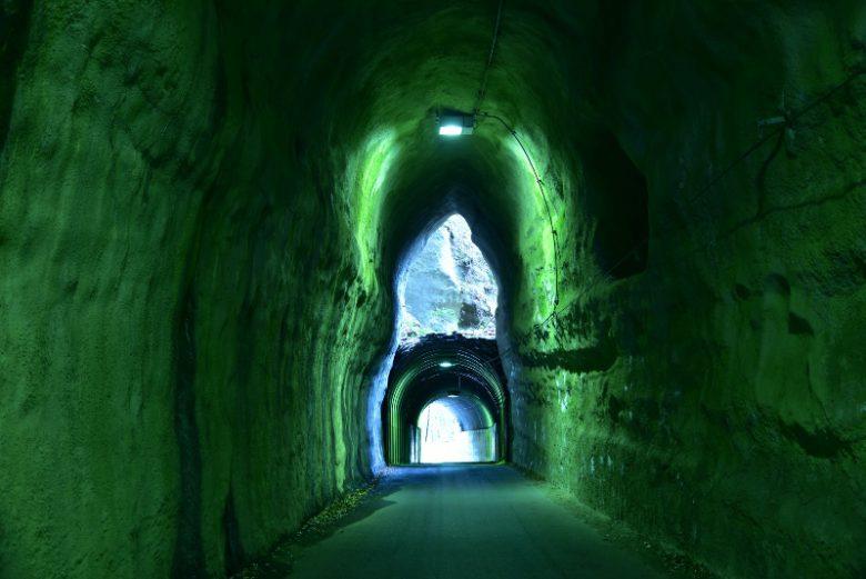 養老渓谷・向山トンネル
