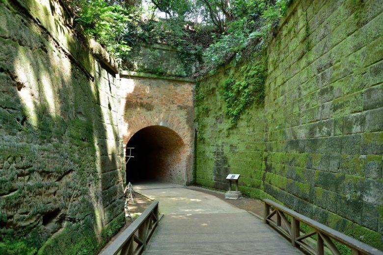 猿島に残されている遺跡