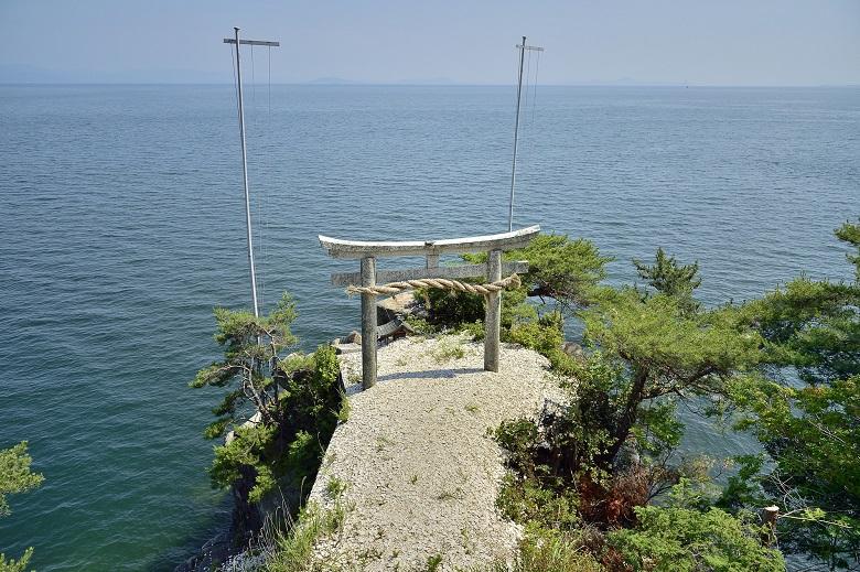 都久夫須麻神社・龍神拝所