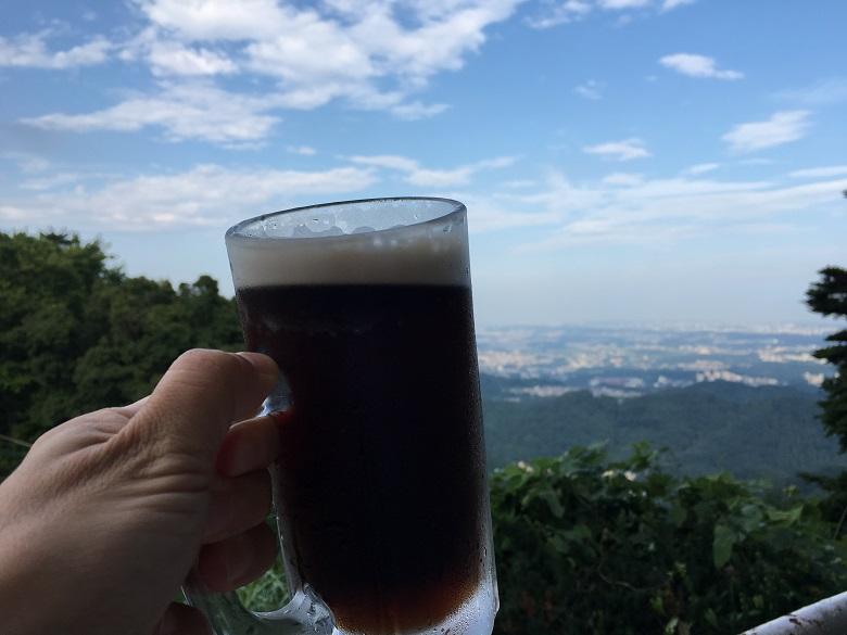 高尾山ビアマウントでいろんなビール飲み放題!