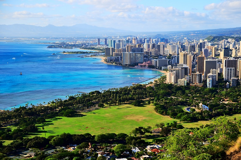 ハワイ随一の景勝地「ダイヤモンドヘッド」