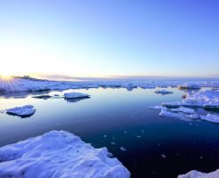北海道・オホーツク海の流氷