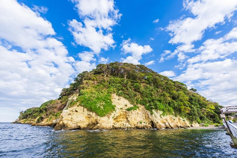 東京湾に浮かぶ唯一の無人島「猿島」