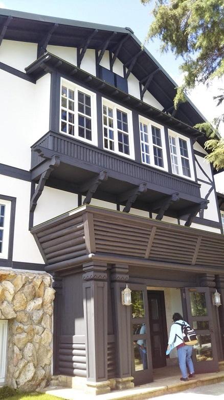 古き良き時代の「六甲山ホテル」を改装した施設