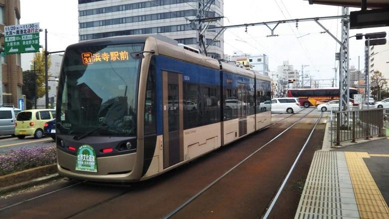 「堺トラム」最新型の低床型車両