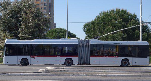 ローマ唯一のトロリーバス