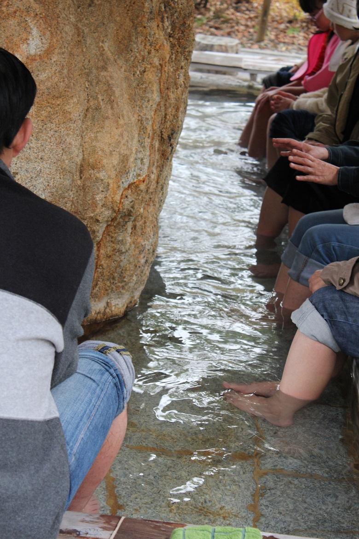 モクモク手づくりファームの足湯