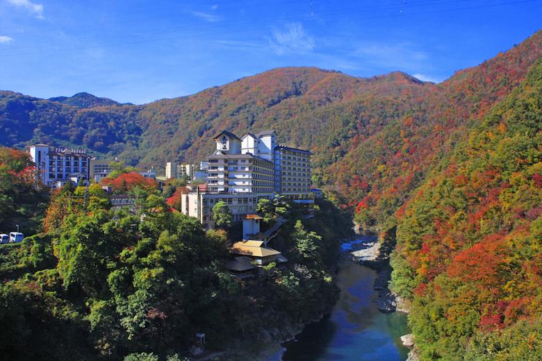 秋の芦ノ牧温泉