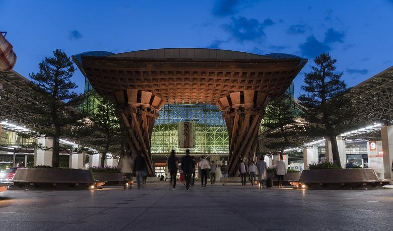 金沢でカニ旅行
