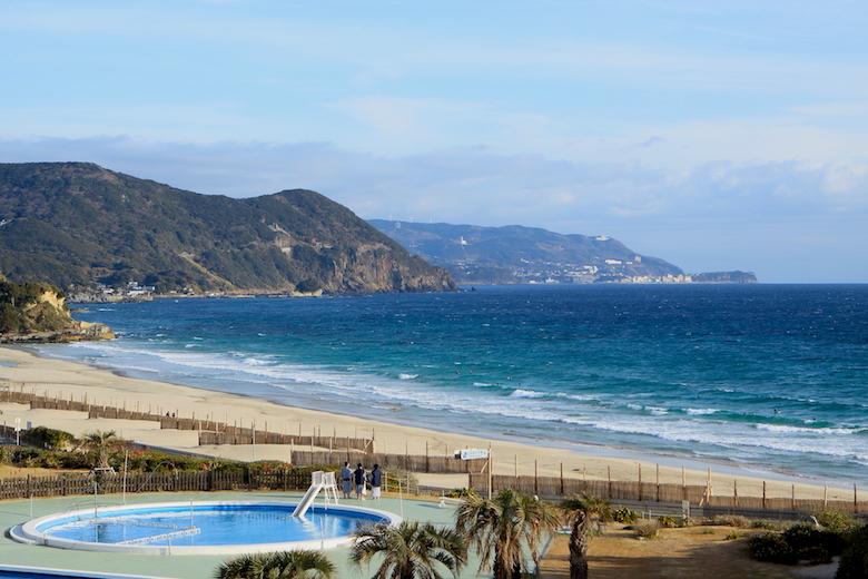 ホテル伊豆急から眺める白浜海岸
