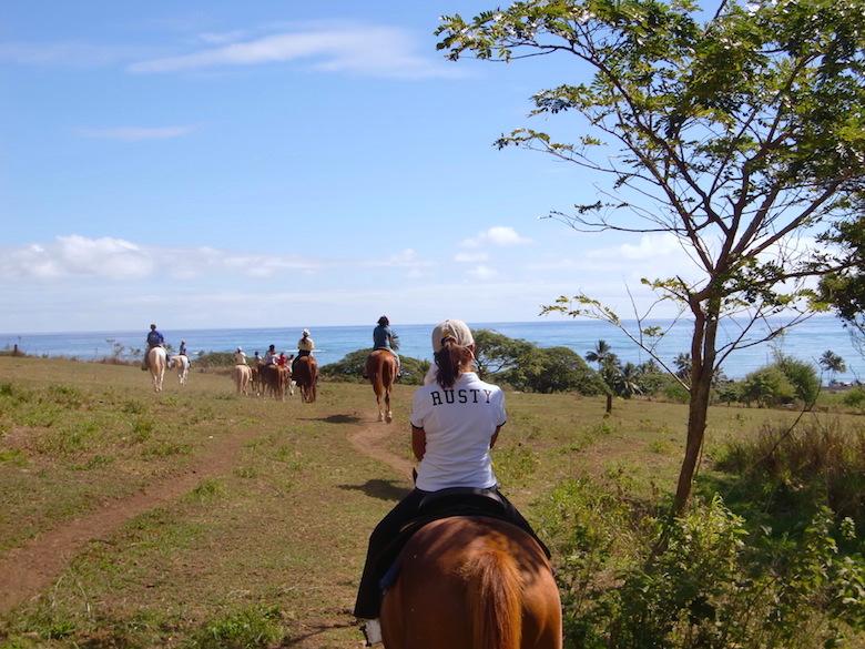 ハワイで乗馬体験