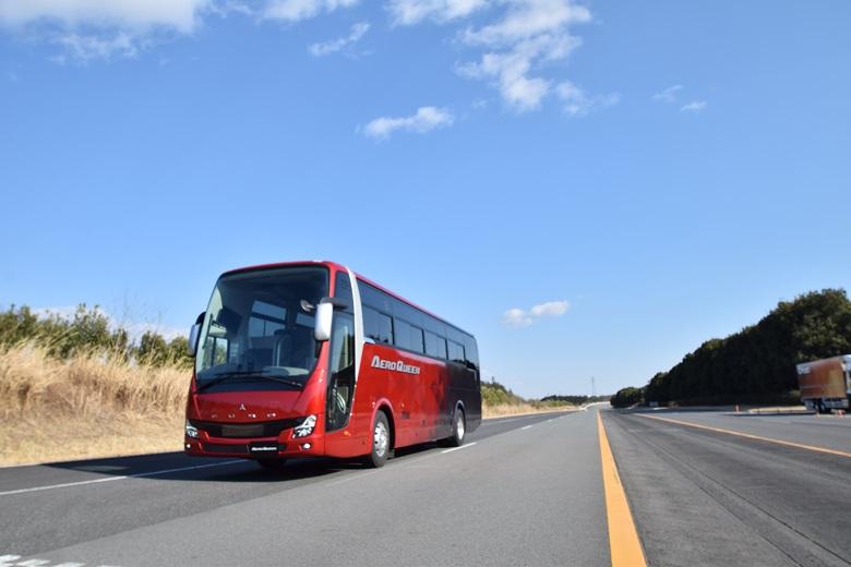 三菱ふそう・観光バス「エアロクイーン」