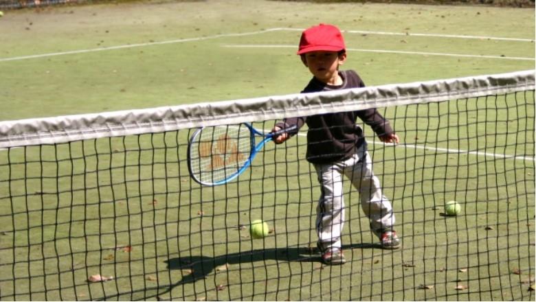子どものテニス