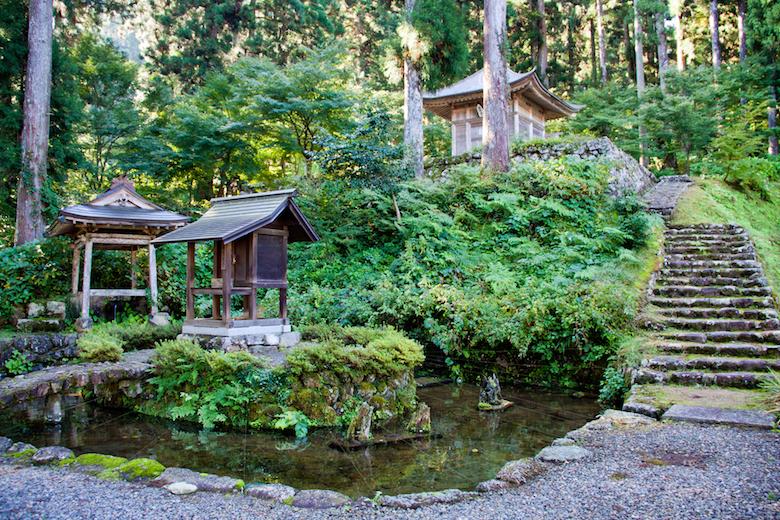 長滝白山神社の庭園
