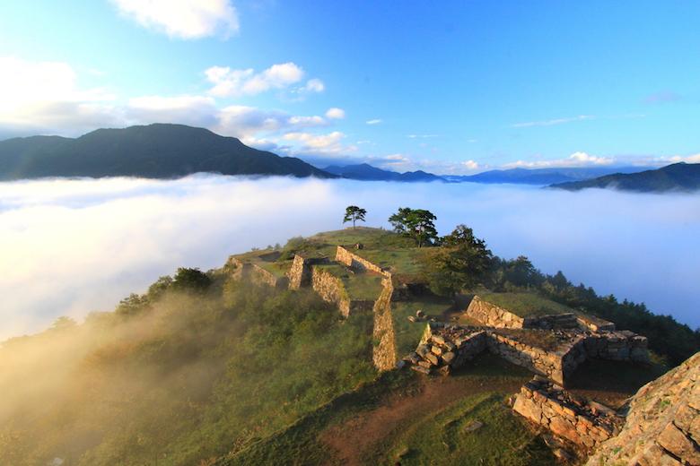 雲海と竹田城