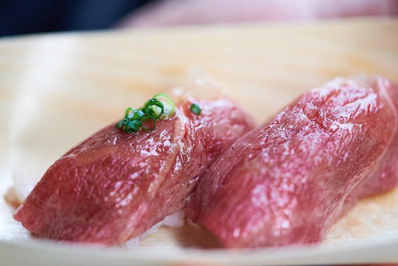 飛騨牛の握り寿司