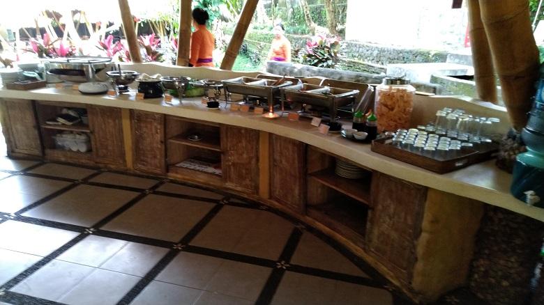 インドネシア料理のビュッフェランチ